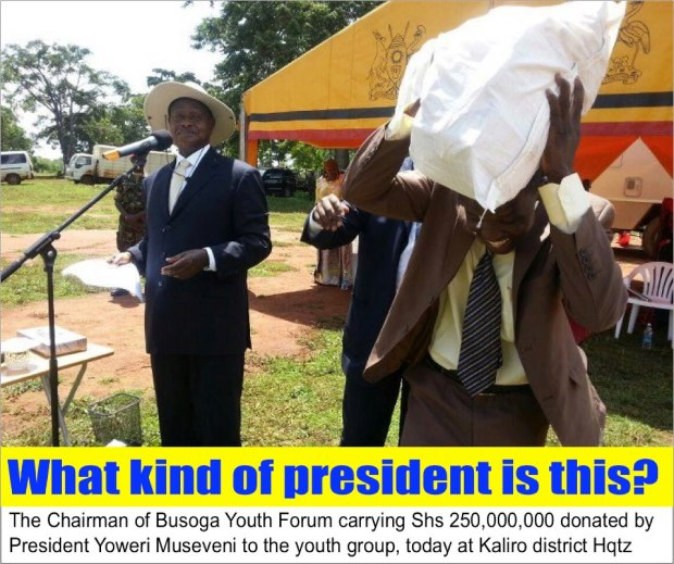 M7 and sack with money